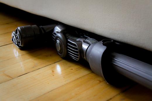 Dyson ei mahdu sohvan alle